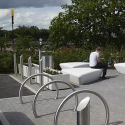 escofet extasi bench - mayflower retail park - basildon