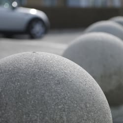 spherical 700 concrete bollard