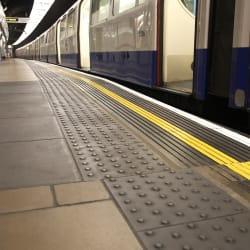 platform edge tactile paving