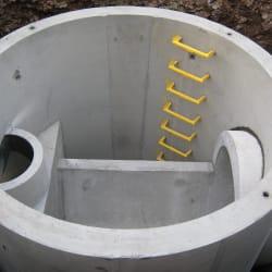 preformed manholes installation