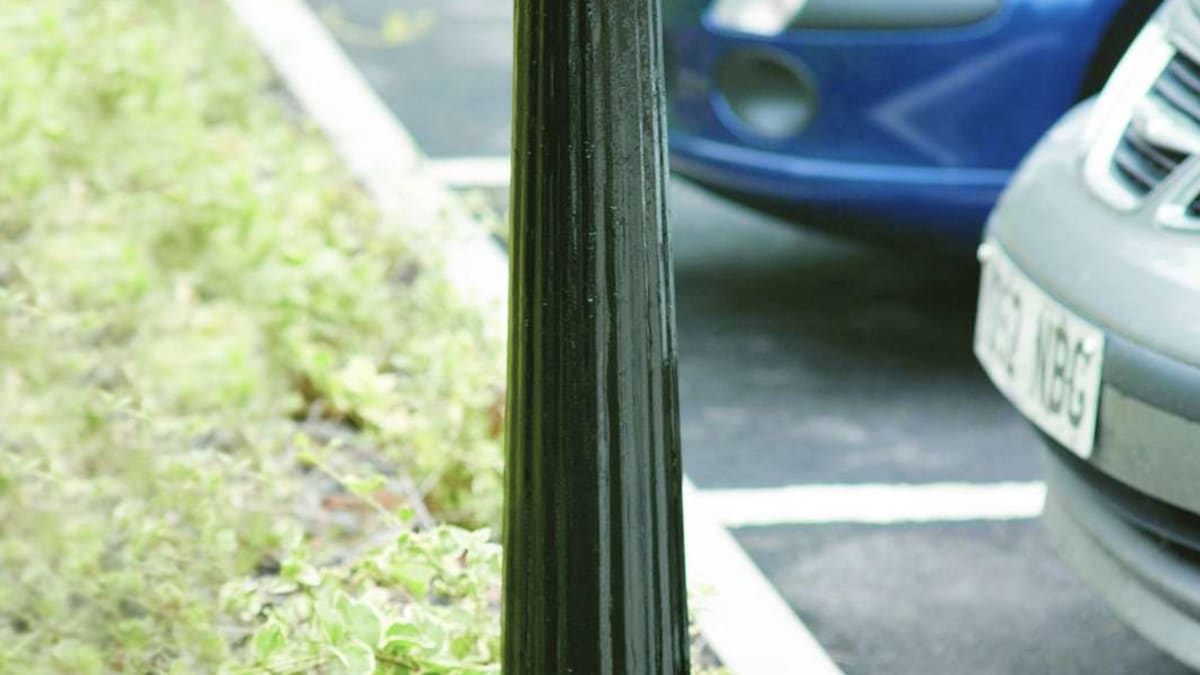 Imperial MSF 114 Fluted Bollard