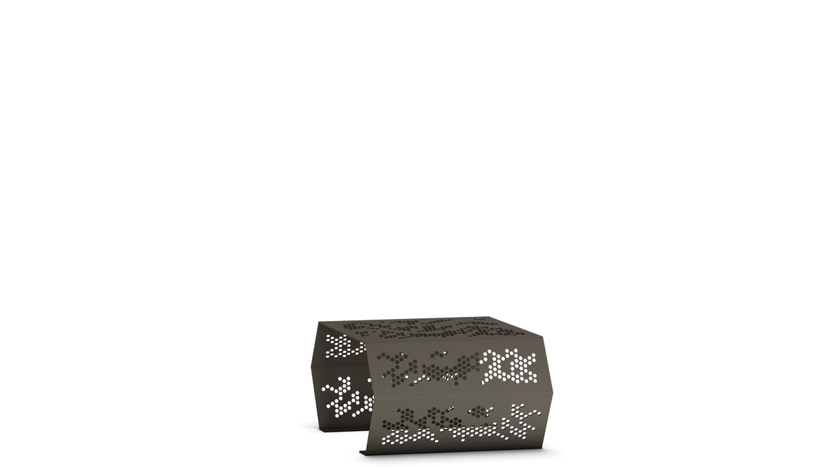 zig zag bench in black witha  white background