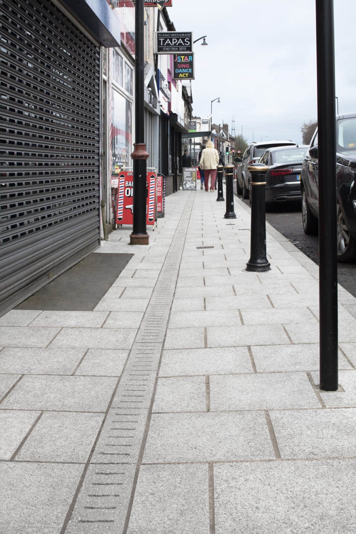 conservation kerb and pave drain