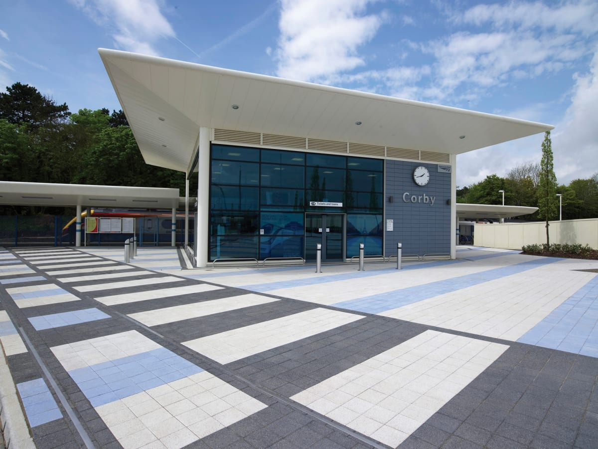 modal paving - light granite blue and anthracite - corby train station