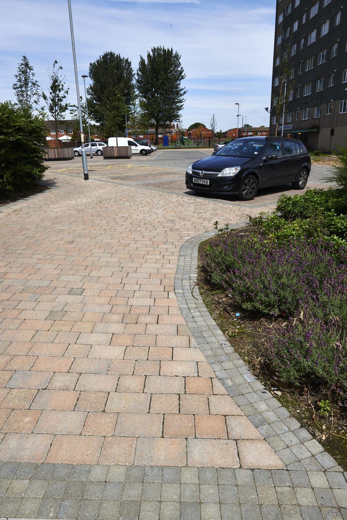 green fields place - tegula cobbles - pennant grey