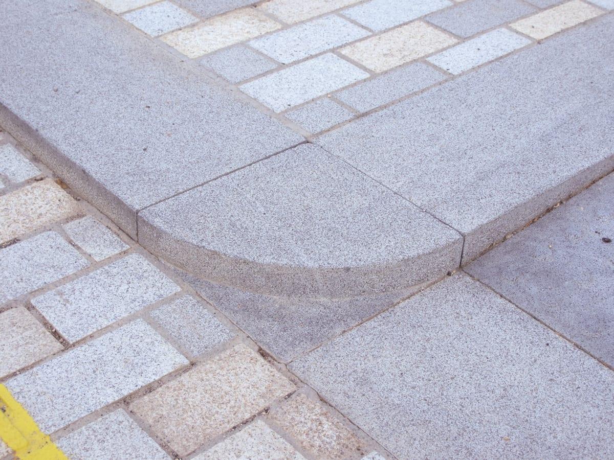 granite kerb corner detail