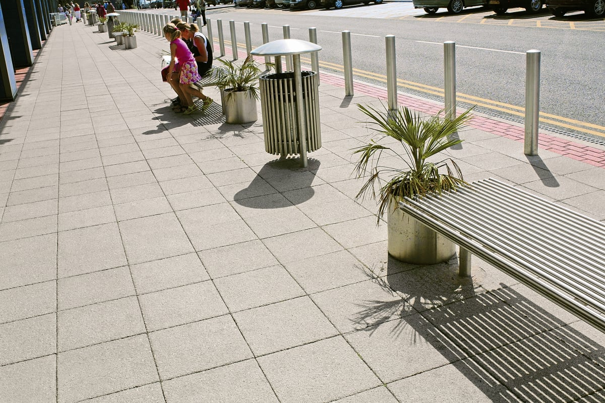 conservation paving - silver grey