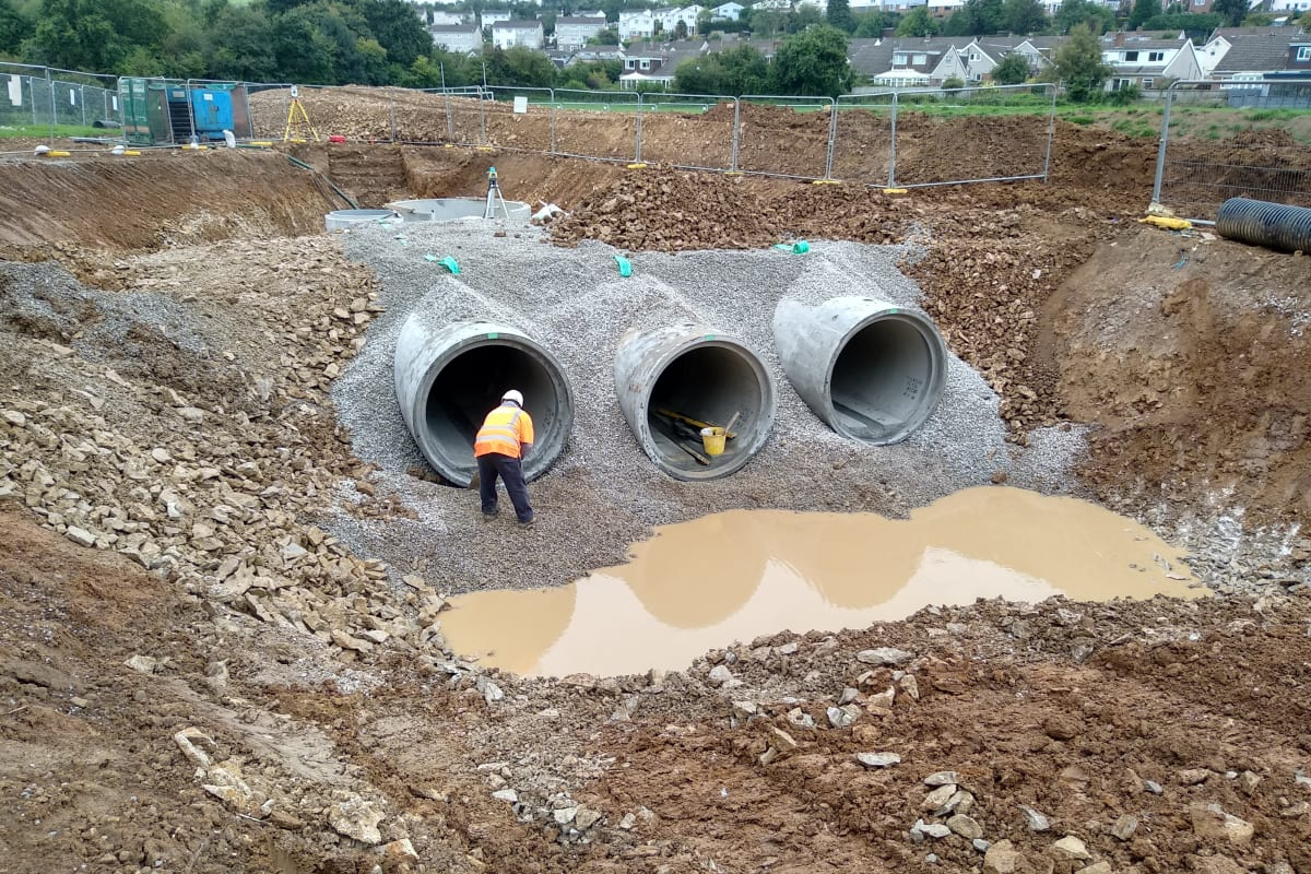 dry weather flow pipes