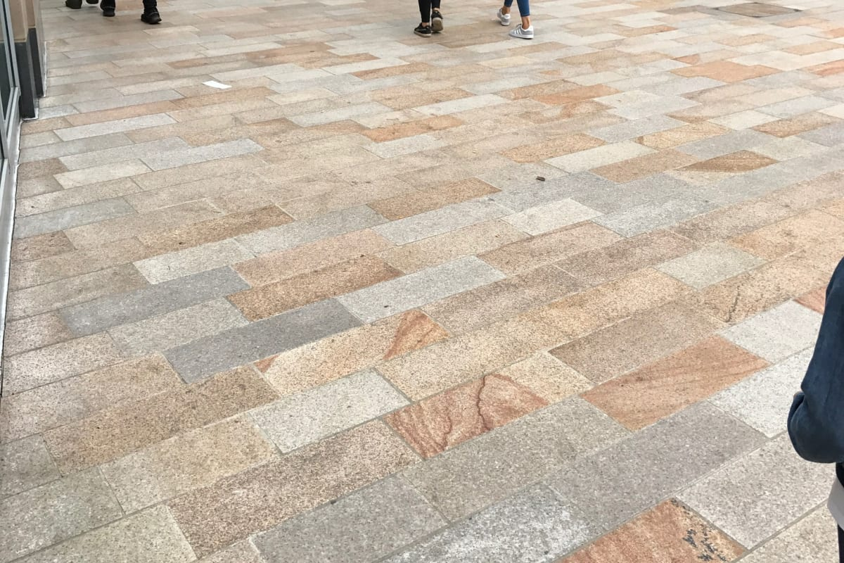 elara granite - leeds trinity shopping centre