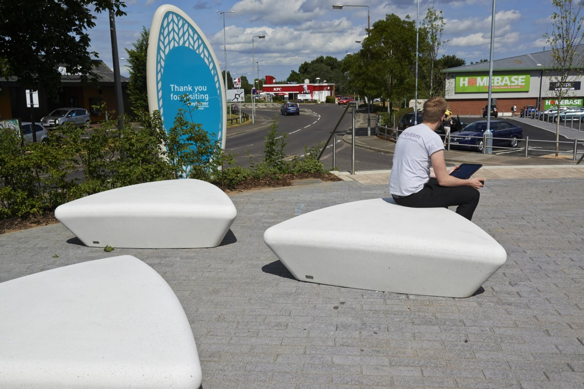 escofet extasi bench mayflower retail park basildon