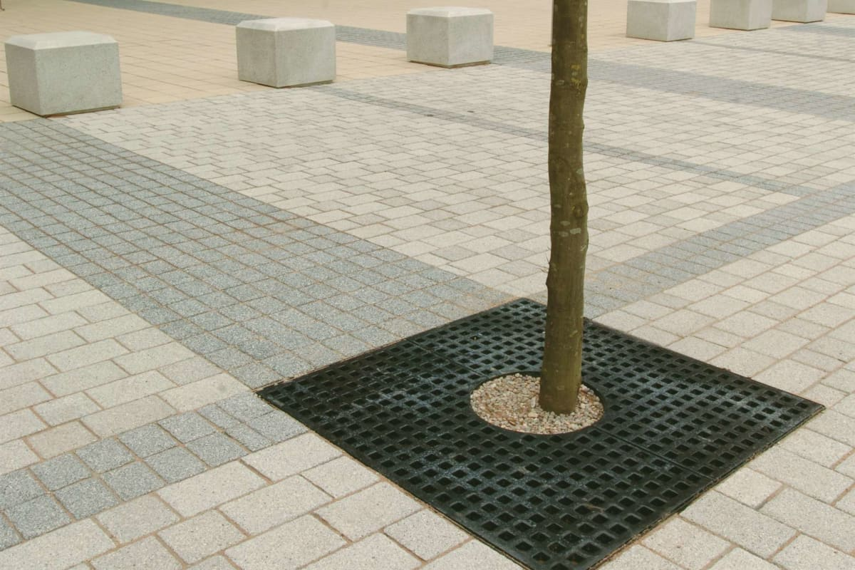 ferrocast 58p series polyurethane tree grille