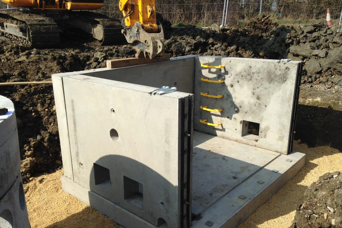 flatpack systems precast installation