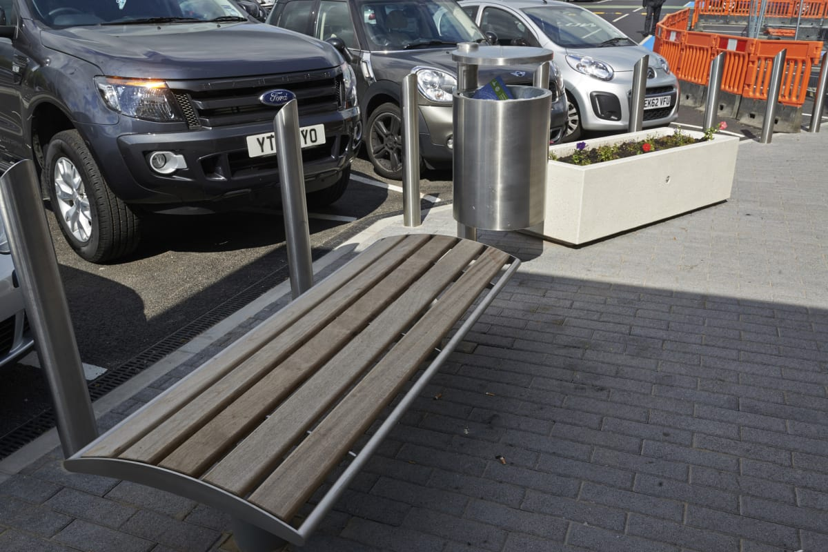 geo litter bin and geo bench - mayflower retail park basildon