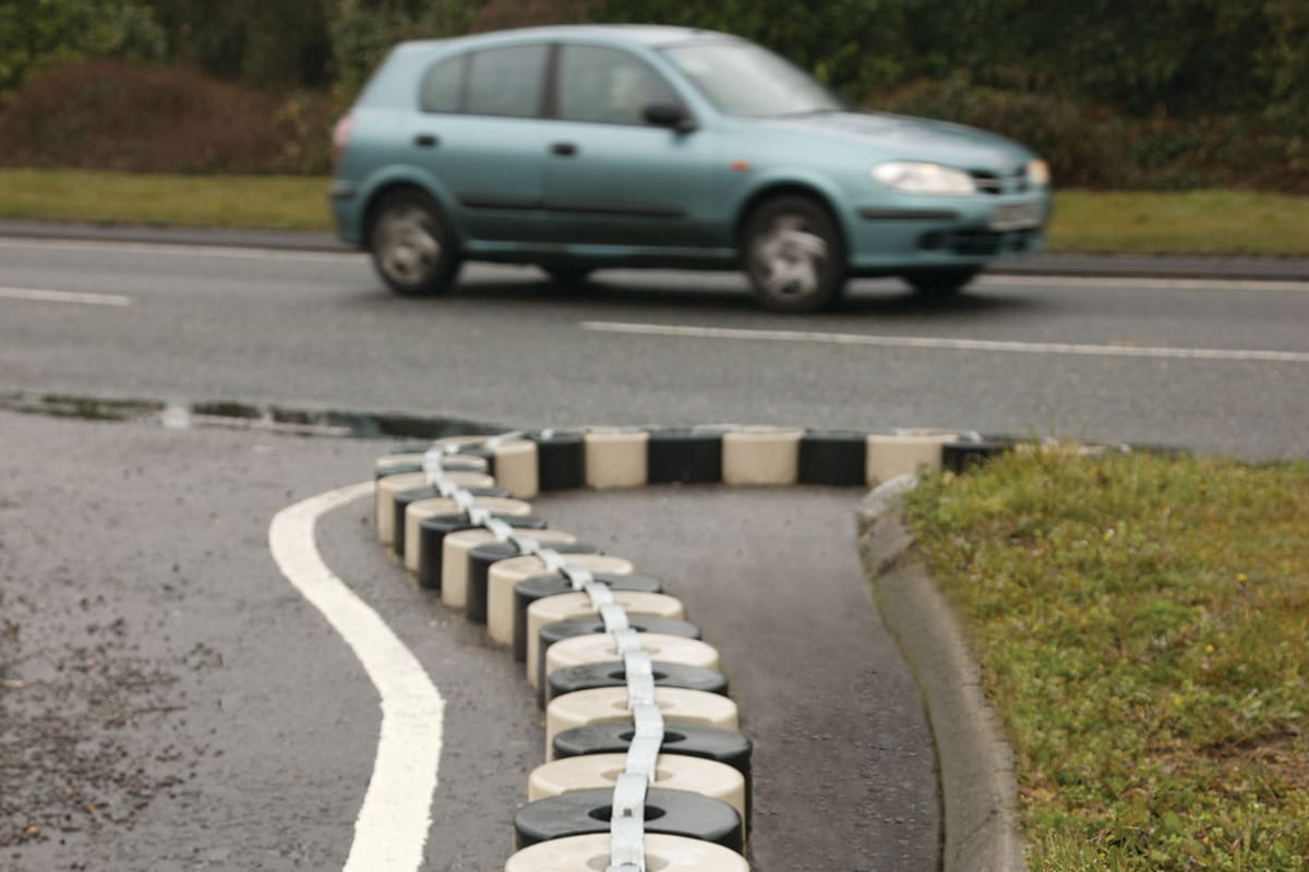 interlocking traffic blocks