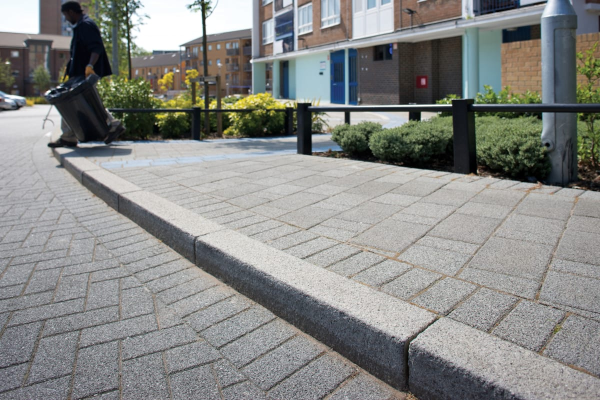 conservation kerb - charcoal and modal - grey granite greater london