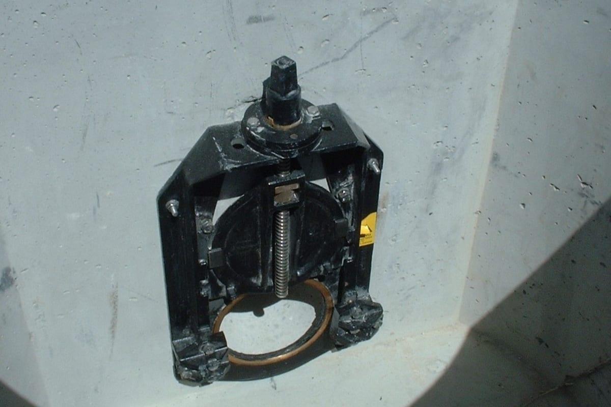 non return flap valve chamber