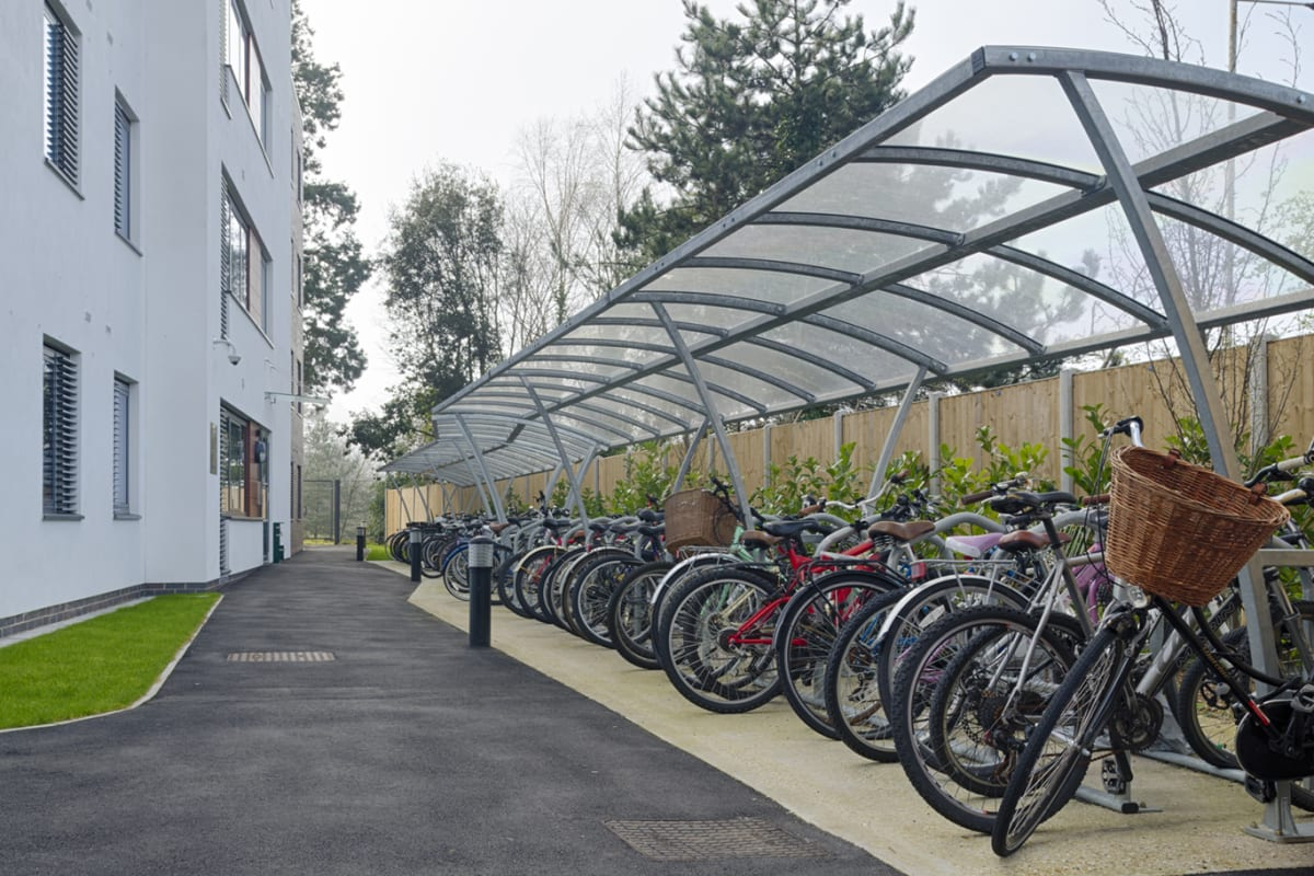 ollerton pluto cycle shelter