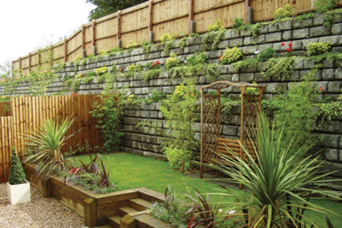 redi rock landscaping wall