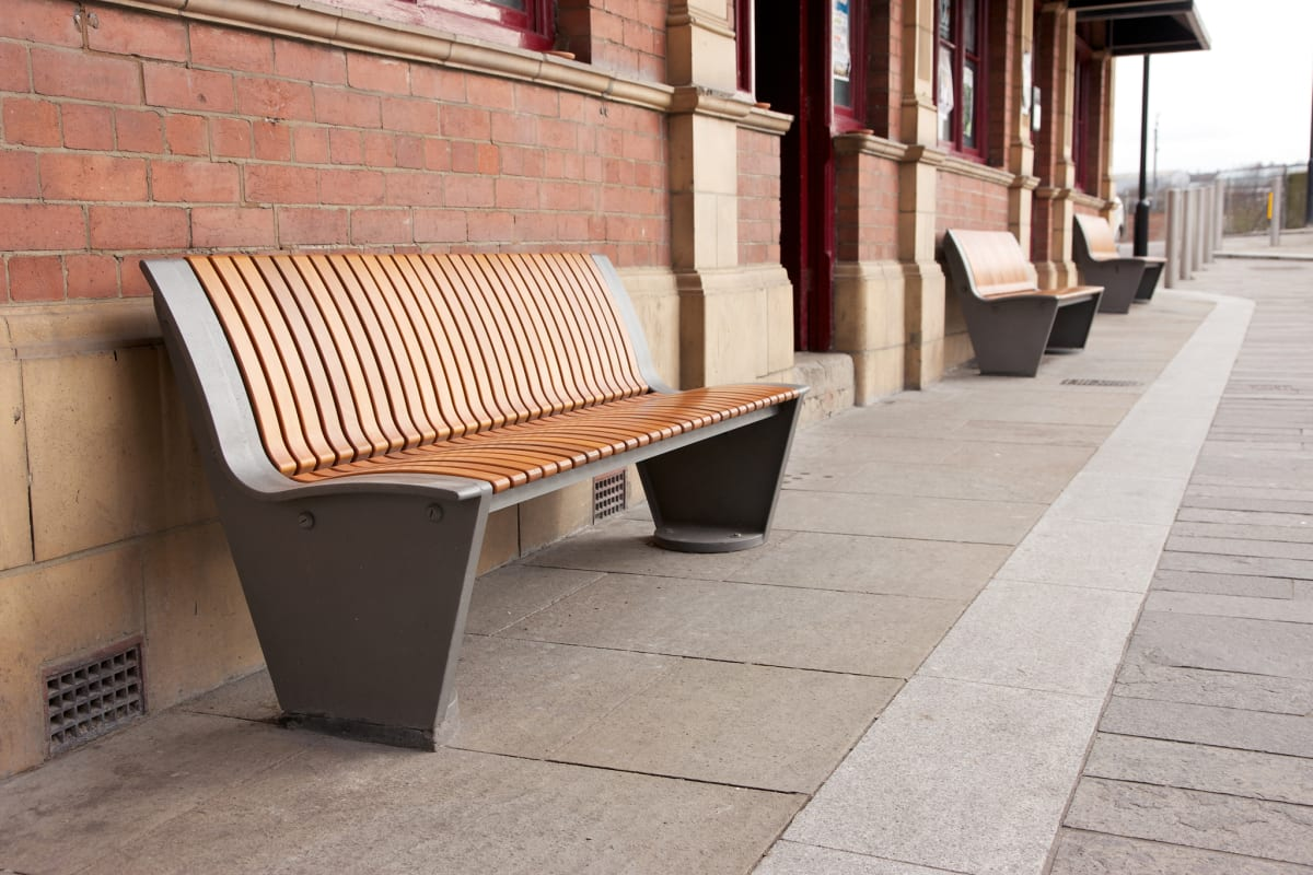 rendezvous seats with timber slats