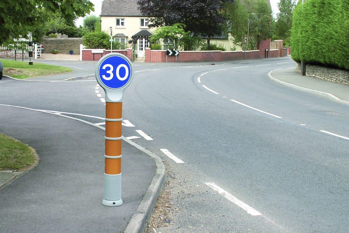 sentinel sign 300 visibol plastic low level sign