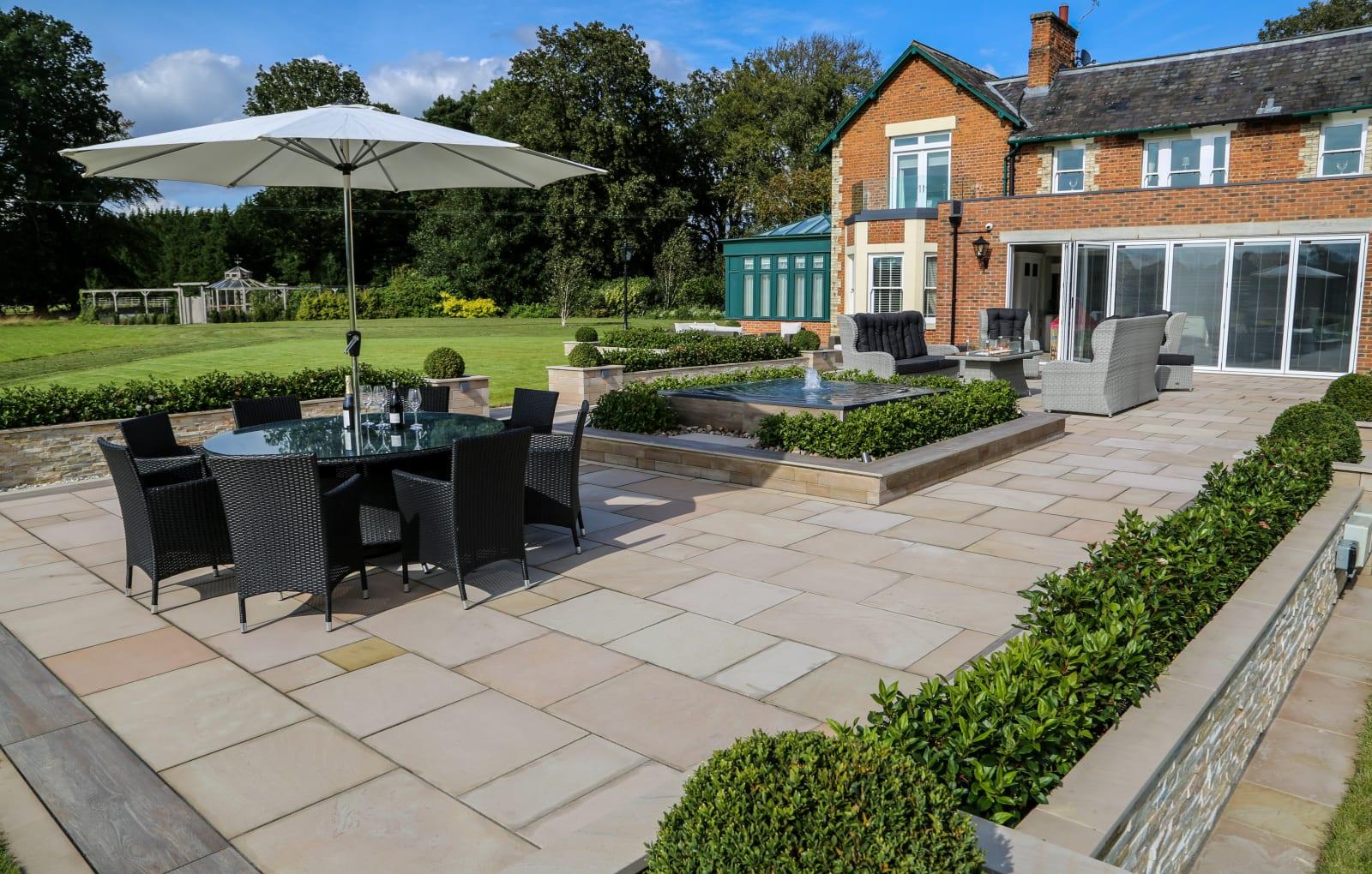 Marshalls Fairstone Sawn Versuro garden paving