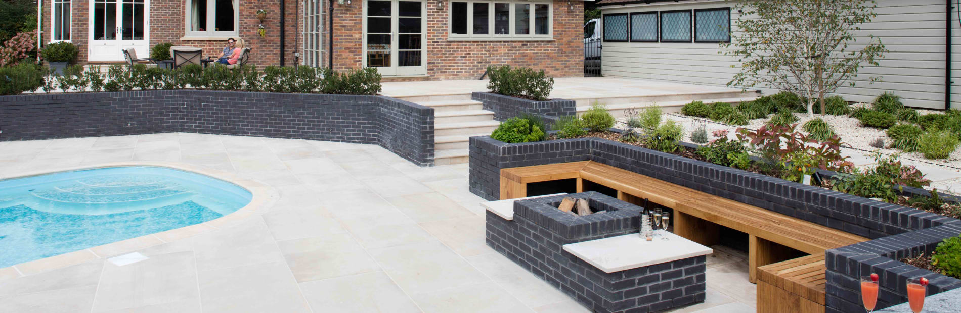 marshalls sawn verusro garden paving in sawn versuro in antique silver multi.