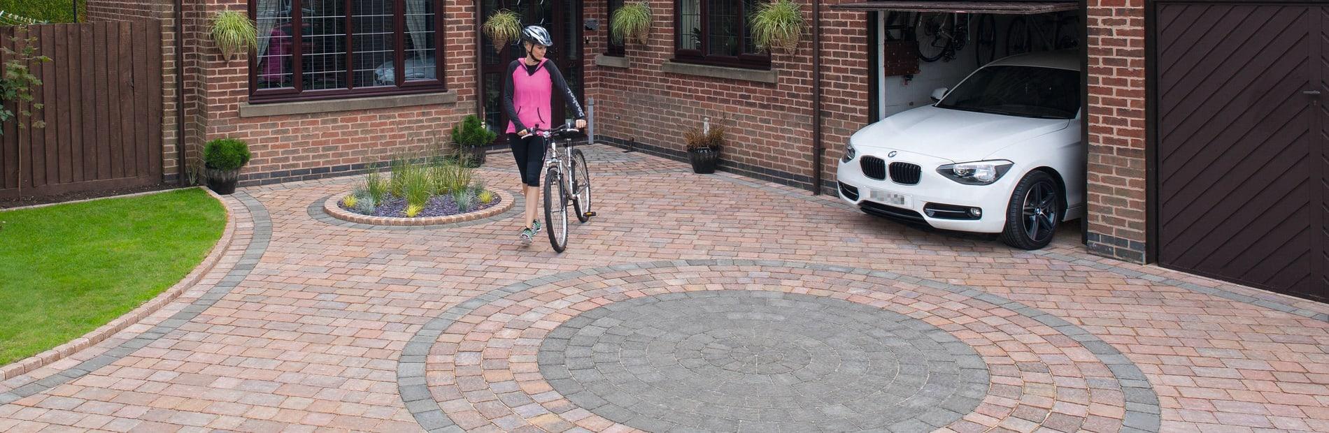 Drivesett® Tegula® Original Block Paving Circle hero image