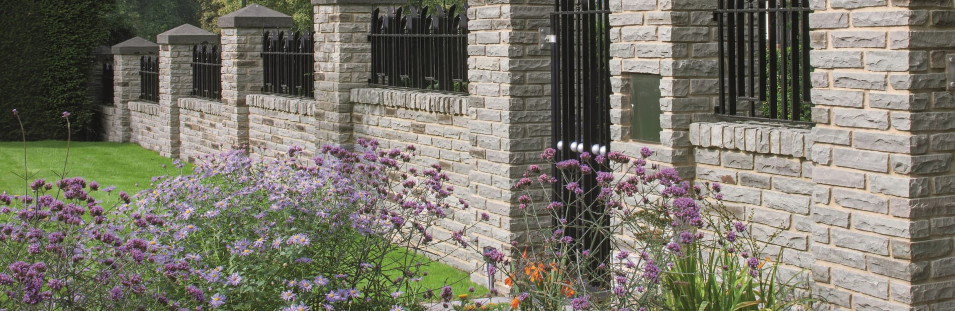 Fairstone Traditional Pitch Faced Walling   hero image