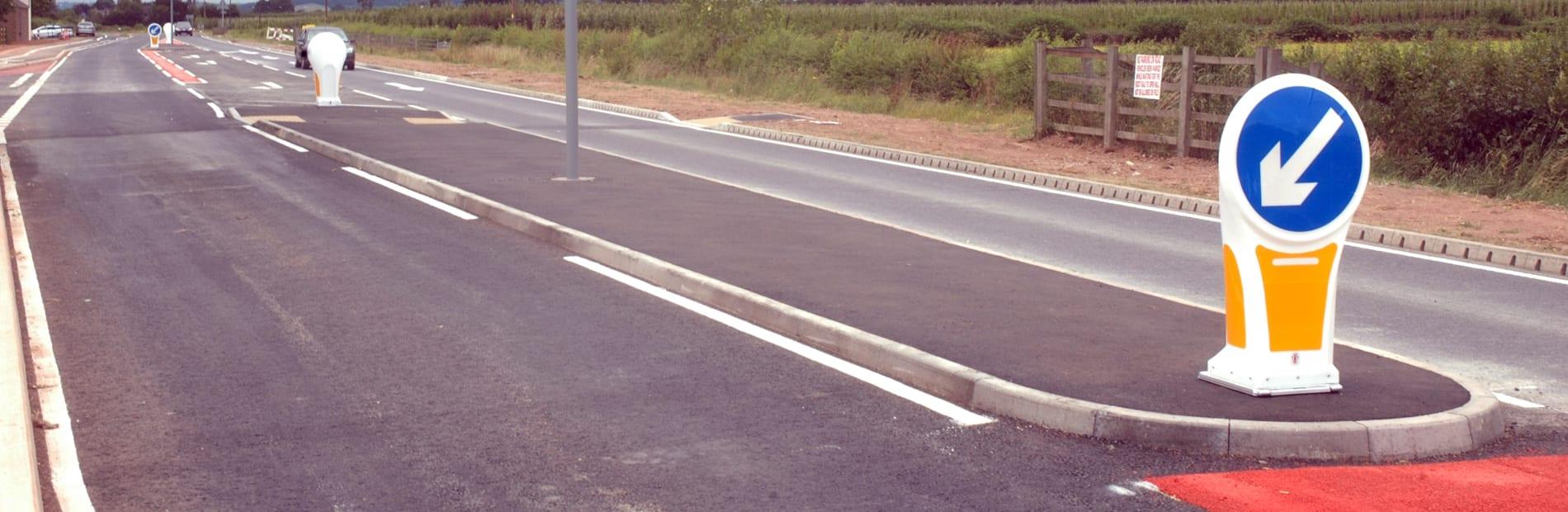 contour traffic bollard