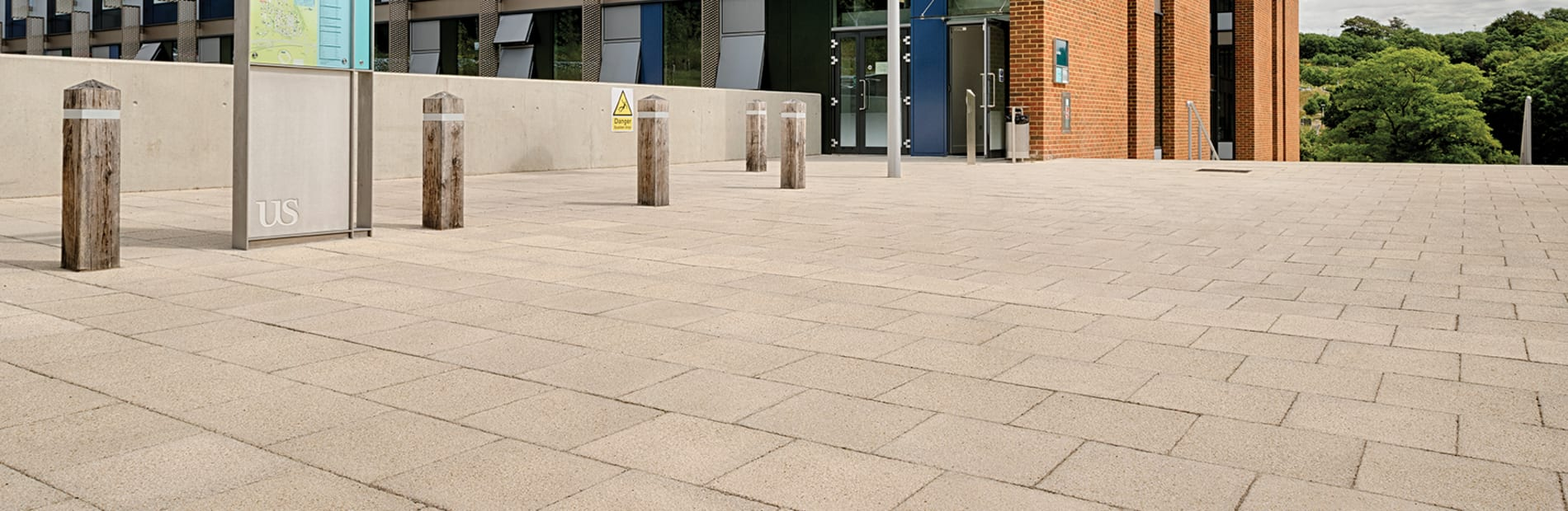 saxon textured paving