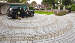 Marshalls Driveway Setts in Autumn Bronze.