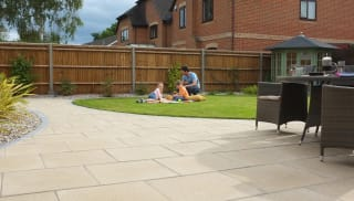 Marshalls Perfecta garden paving in Natural.