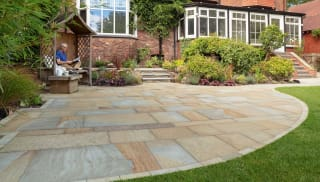 Scoutmoor Yorkstone Paving