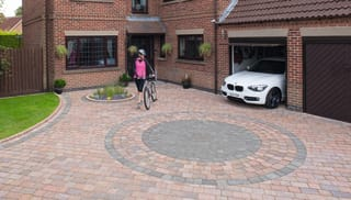 Drivesett® Tegula® Original Block Paving Circle