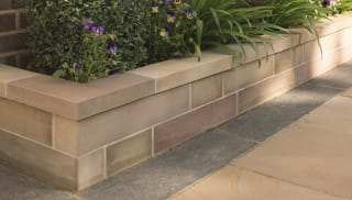 Fairstone Sawn Versuro® Copings