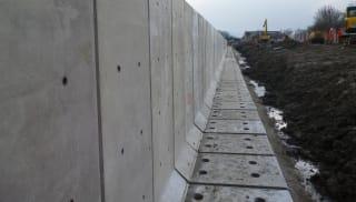 L Shape Retaining Walls