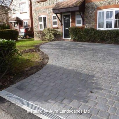Enhanced-Driveway-Specialist-R02080_5