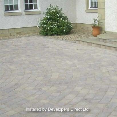 Enhanced-Driveway-Specialist-R02027_1