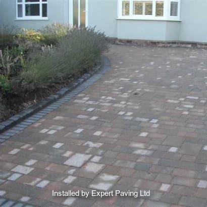 Enhanced-Driveway-Specialist-R00740_2