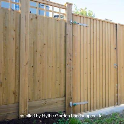 Fencing-Specialist-R03196_4