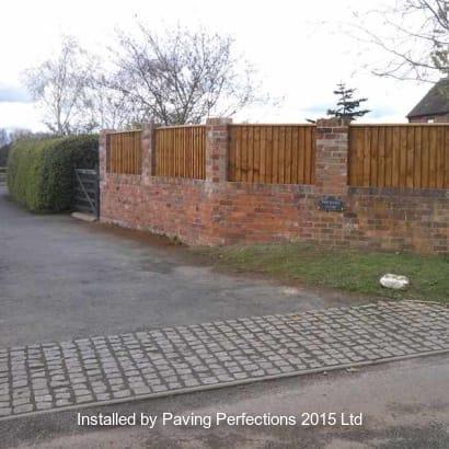 Fencing-Specialist-R02354_1