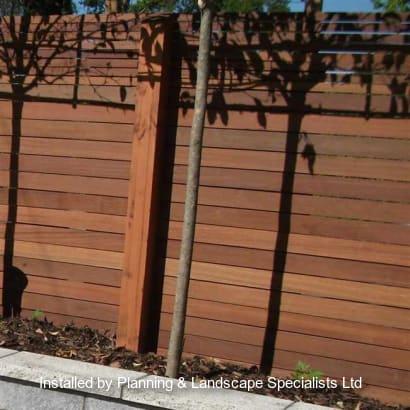 Fencing-Specialist-R01833_3