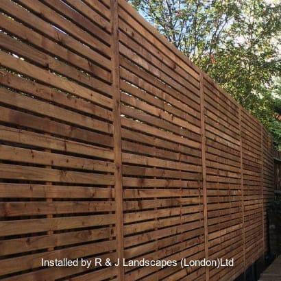 Fencing-Specialist-R03287_4