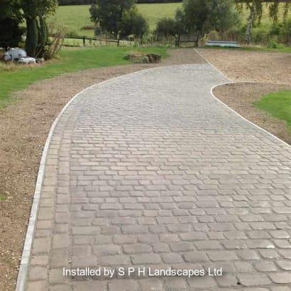 Enhanced-Driveway-Specialist-R01781_1