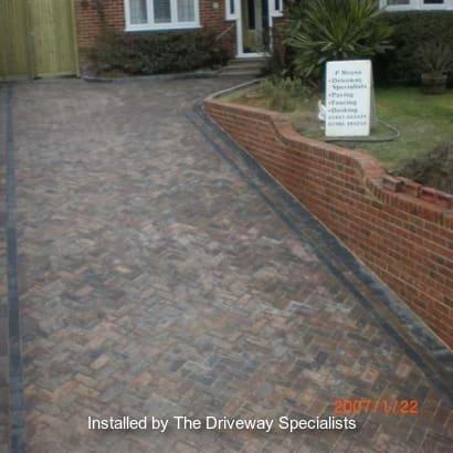 Enhanced-Driveway-Specialist-R01765_1