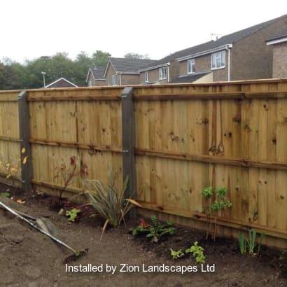 Fencing-Specialist-R02908_1
