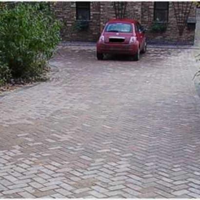Enhanced-Driveway-Specialist-R00153_2