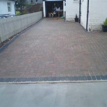Enhanced-Driveway-Specialist-R00318_2