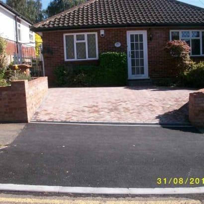 Enhanced-Driveway-Specialist-R00519_1_1