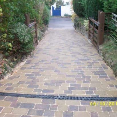 Enhanced-Driveway-Specialist-R00519_2_1
